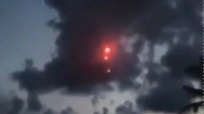 Viral Meteor Berbentuk Bola Api Jatuh di Aceh